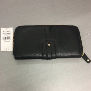 New banana republic wallet leather